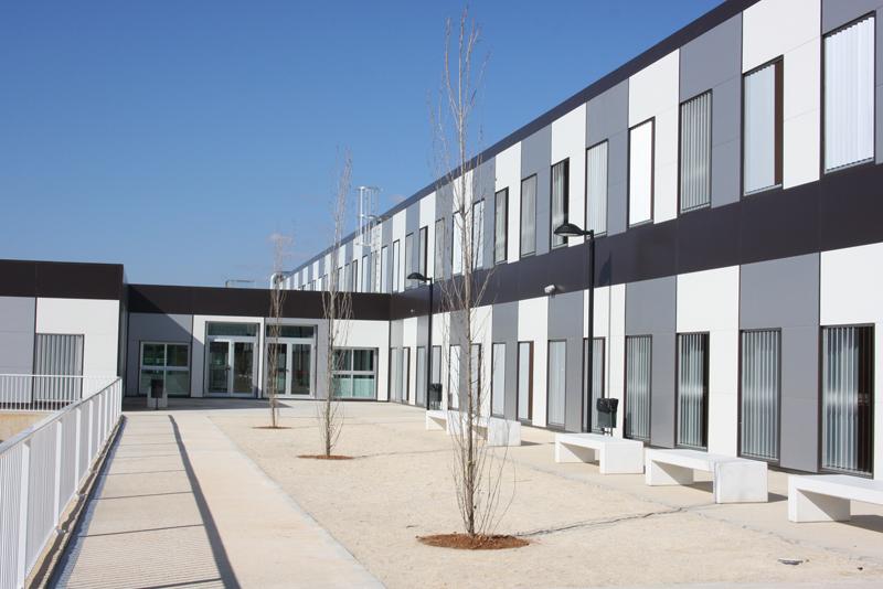 Construccion no residencial | Colegio de la Pobla de Vallbona 02
