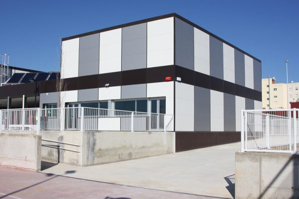 Aulas prefabricadas para un instituto