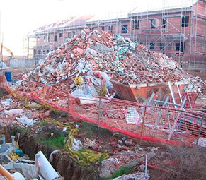 Escombros-de-la-construccion-tradicional