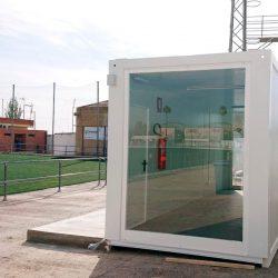aula modular en campo de futbol abc